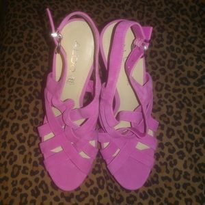 39/9 Aldo pink platform Sandals